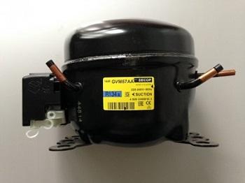 nedorogo prodam kompressor Secop GVM 57 AA dlya holodilnika