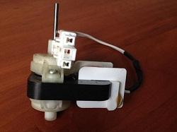 bu dvigatel ventilyatora 4680JR1009F dlya holodilnika LG GR-B409BTQA
