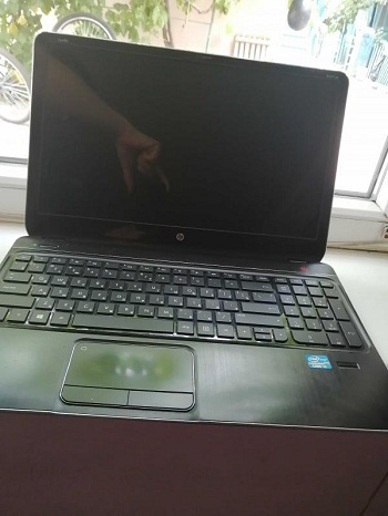 prodayu noutbuk HP na zapchasti v rabochem sostoyanii foto