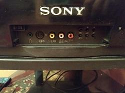 srochno prodam bu televizor Sony rabochiy s podstavkoy foto