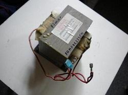 vysokovoltnyj transformator MD-901EMR-1 mikrovolnovki